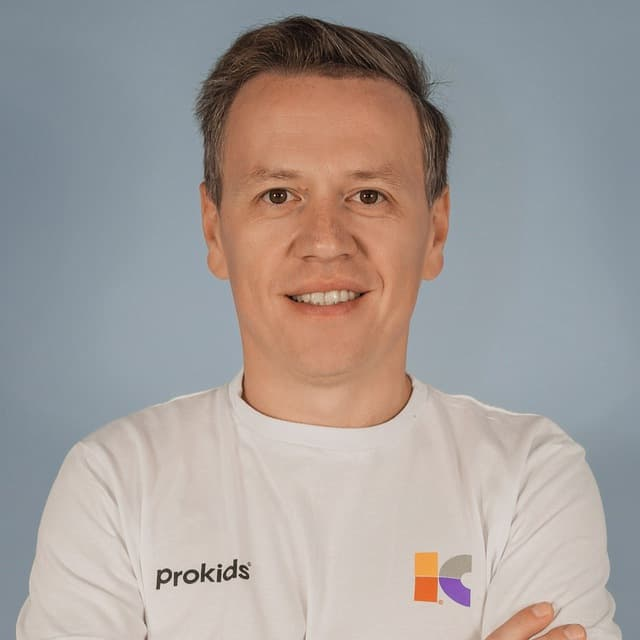 Антон Васюткин